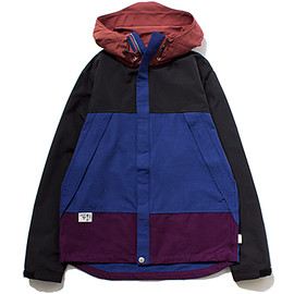 STUSSY DELUXE - Nylon Hooded Jacket
