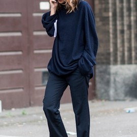 chic/navy style