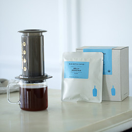 BLUE BOTTLE COFFEE - Blue Bottle Perfectly Ground Coffee