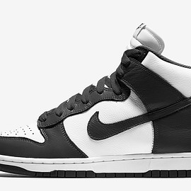NIKE - Dunk Hi - Black/White
