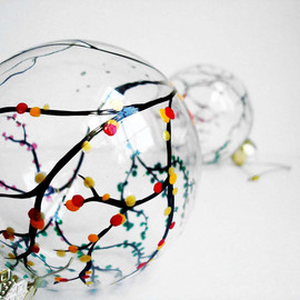 MaryElizabethArts - The Four Seasons Christmas Ornament