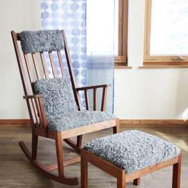 北の住まい設計社 - M-chair rocking/ottoman Gotland sheep