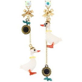 BETSEY JOHNSON - Duck Earrings