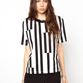 CHEAP MONDAY - Black&White Top