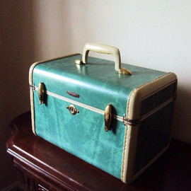 Samsonite - Vintage Samsonite Train Case in Retro Blue