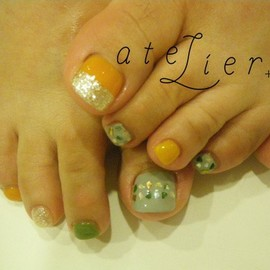 atelier+LIM - foot nail