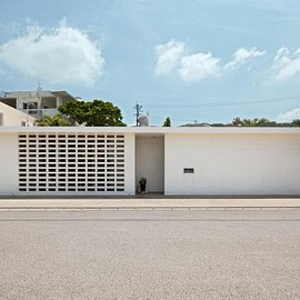沖縄 - First Okinawa Standard house by Yasushi Higa