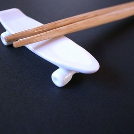 TALKY - skate board chopstick rest (white)