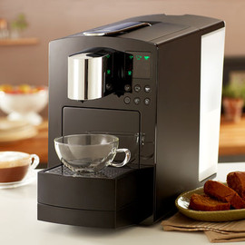 STARBUCKS - Verismo™ 585 Brewer  Piano Black