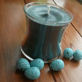 Luulla - Soy wax candle 4oz and dyed with veggie dye.... Dragonblood scent