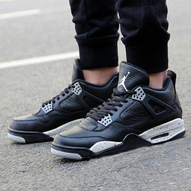 Nike - NIKE AIR JORDAN 4 RETRO BLACK/BLACK-TECH GREY