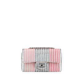 CHANEL - Flap bag embroidered with sequins