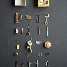 Metal things that fit in a matchbox