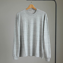 AURALEE - SEAMLESS CREW L/S TEE #top gray