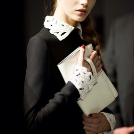 VALENTINO - black & white
