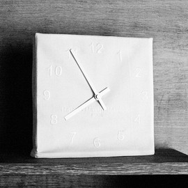 Maison Martin Margiela - Embroidered clock