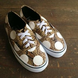 vans authentic snake gold, custom dot painted - by chickennot