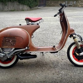 "Vespa - Project ""50 sfumature di ruggine"""