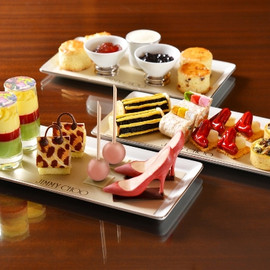The Landmark Mandarin Oriental,Hong Kong  MO BAR - Afternoon Tea With Jimmy Choo