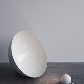 Studio Vit - Globe lights