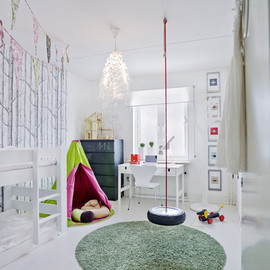 myidealhome:happy kids room (via Skonahem)
