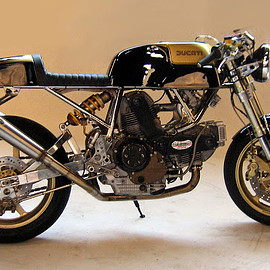 Ducati - 2 Valvole Series by GGarage