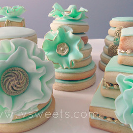 L&V Sweets - Flower Cookies