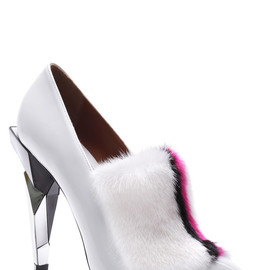 Fendi - FW2013 Leather Fur-Trimmed Pumps