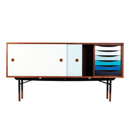 one collection, Finn Juhl - Sideboard