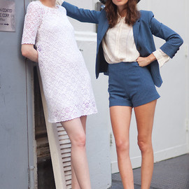 Karen Elson and Alexa Chung - love style