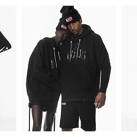 NIKE - ナイキは、Riccardo Tisciと前シーズンに続きVictorious Minotaurs Collectionを発表