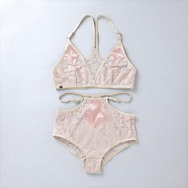 ヤーチャイカ for GIRLIN' - ヤーチャイカ for GIRLIN'  ::: PUNK LOVE :::  Bra & Panty Set  (GIRLIN' PINK)