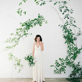 Once wed - vine-arbor-diy-wedding-ideas