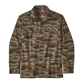 patagonia - M's Long-Sleeved Fjord Flannel Shirt, Bear Witness Camo: Sage Khaki (BWSK)