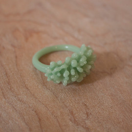 UrbanRevisions - Glass Cluster Ring - Mint