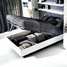 BoConcept - Hydraulic Storage Bed