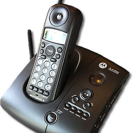 MOTOROLA L301 DECT 6.0 Cordless Phone with Caller ID (1 Handset System) 【並行輸入】