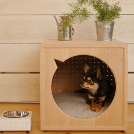 we - Dog House - gr -
