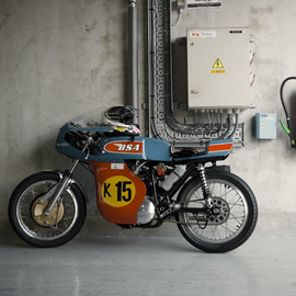 BSA Cafe Racer.