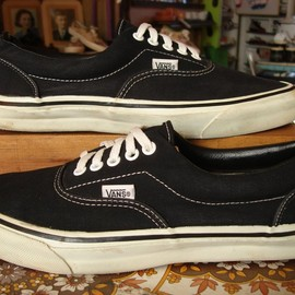 VANS - 90'S Era black canvas/foxing made in usa