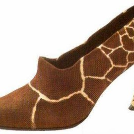 giraffe - shoes