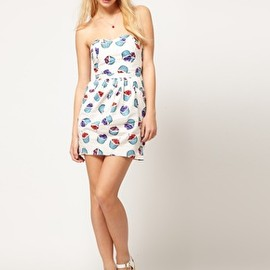 asos - Image 4 of ASOS Bandeau Dress With Bell Skirt In Cupcake Print