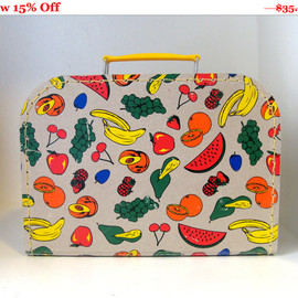 Vintage 50s Novelty Kitsch Fruit Print Cardboard Lunch Box