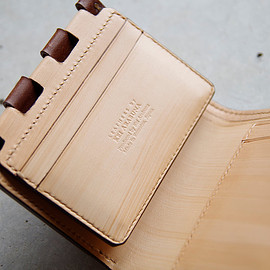 LEATHERS by Kei Arabuna - 『趣き・遊び・嗜む』 -aesthetic folded wallet-