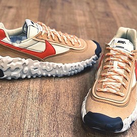 NIKE - OverBreak - Natural/Sport Red/Tan?