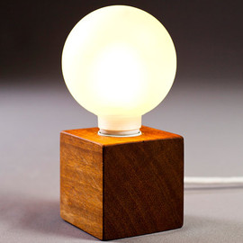 "nordarchitectdesign - solid wood lamp ""enkle"""