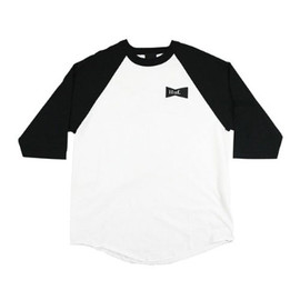 HUF - BOW TIE BASEBALL TEE (White/Black)