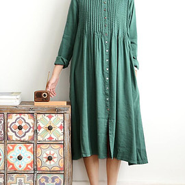long shirt - Spring loose long cotton and linen dresses women long Single breasted long shirt in green