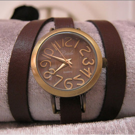 Handmade Bronze Wrap Retro Leather Bracelet Watch with an Antique Vintage Retro Roman Numbers pattern  WORLWIDE FREE SHIPPING