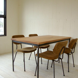 TRUCK FURNITURE - 169. SUTTO WORK TABLE
